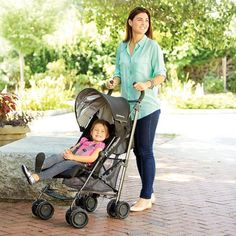 Uppa GLuxe  The Lightest Reclining Umbrella Stroller in its Class  One-handed, actuated recline + adjustable footrest Doing errands or seeing the sights during naptime? Your child can sleep comfortably in our reclining seat with adjustable footrest. Easy to fold and stands on its own Uppababy Stroller, Baby Strollers, Umbrella Stroller, Family Travel, Children, Footrest, Giveaway, Nordstrom, Sleep
