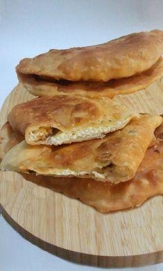 Stasera pizza! Ma non la solita...conoscete la #siciliana? http://blog.giallozafferano.it/passioneperilcibo/la-siciliana/