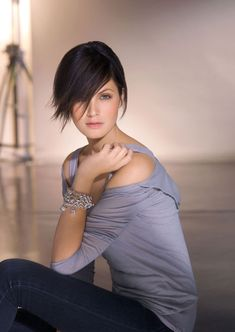Whether you're looking for trendy short hairstyles, this category is for you. We present you various trendy short haircuts and short trendy hairstyles here. Short Hair Cuts For Women, Short Hairstyles For Women, Hairstyles Haircuts, Trendy Hairstyles, Blonde Haircuts, Hairstyles Pictures, Short Haircuts 2014, Funky Haircuts, Hair Styles 2014