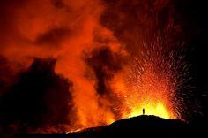 O Vulcão Fimmvorduhals é uma paisagem magnifica que mistura o fogo e gelo