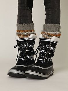 Sorel graphic winter boots....I just wish it got cold enough here
