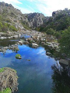 Río Olta, rumbo a la quebrada. La Rioja. Argentina. LA BELLA AMÉRICA, QUE FALTA SEGUIR DESCUBRIENDO.