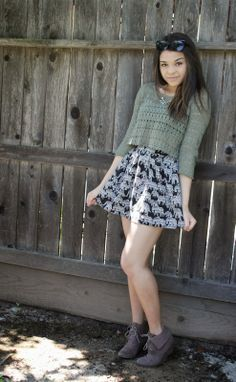 spring outfit, lightweight cropped sweater and flowy floral skirt. Love the colors