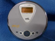 SONY D-NE300 Walkman CD-R / CD-RW / MP3 Player - Atrac 3 plus - Gray #Sony #Walkman #eBay