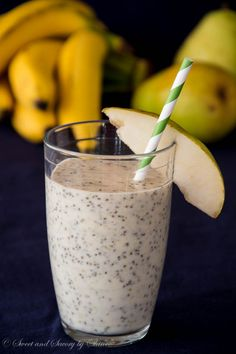 Pear Banana Smoothie with Chia seeds Nutrient rich fruit smoothie, perfect for breakfast or as a post-workout snack!