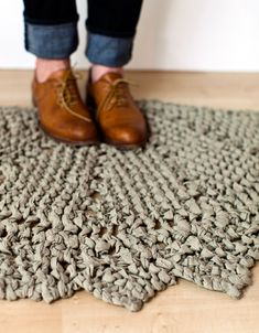 Rag Doily Rug - make with a king-sized bed sheet turned into yarn! And it's FREE