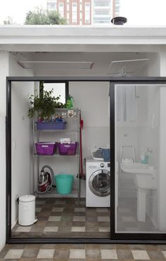 153 laundry design ideas with drying room that you must try page 13 Outdoor Laundry Rooms, Tiny Laundry Rooms, Laundry Room Bathroom, Laundry Room Organization, Small Bathroom, Bathroom Ideas, Laundry Area, Organization Ideas, Interior Design Living Room