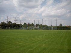 En Suchdol está el campo de fútbol.