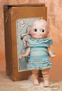 KESTNER BISQUE KEWPIE IN RARE TURQUOISE PARTY DRES Antique Dolls, Vintage Dolls, Kitsch, Turquoise Party, German Toys, Popular Toys, Bisque Doll, Crepe Paper, Softies