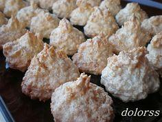 Blog de cuina de la dolorss: Bocaditos de merengue de coco