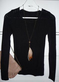 Kupuj mé předměty na #vinted http://www.vinted.cz/damske-obleceni/s-dlouhym-rukavem/15432851-top-nabidka-upletove-cerne-tricko
