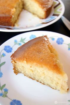 A super soft, tangy, delicious and easy to bake Lemon Cake with a super tangy Lemon Icing. You would never believe that the recipe uses no eggs. Eggless Lemon Cake, Eggless Sponge Cake, Lemon Sponge Cake, Vegan Lemon Cake, Lemon Tea Cake, Eggless Desserts, Eggless Recipes, Eggless Baking, Sponge Cake Recipes