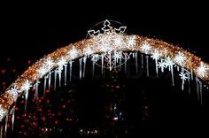 Image of 'Outdoor Christmas Decorations - The Light'