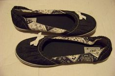 womens so emilia blue fabric denim printed slip on flats shoes size 8   Clothing, Shoes & Accessories, Women's Shoes, Flats & Oxfords   eBay!