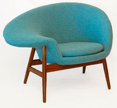 Hans Olsen's 1956 Fried Egg chair. Perfect for me to read with my legs swung over the side.