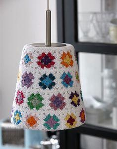 Lamper er en vigtig del af indretningen, men det kan være svært at finde lige den, der matcher både smag og indretning – prøv at lave dine egne!