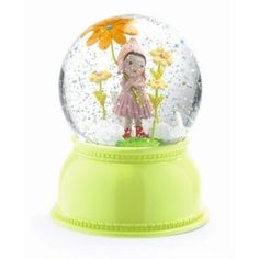 Djeco nachtlampje en sneeuwbol meisje