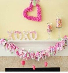 Reminds me of easter when I was little. Mom would decorate with little glittered hanging eggs around the house.