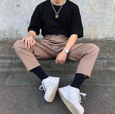 How to Dress like an Eboy: Outfits, Inspo, & Origin • Styles of Man Mode Outfits, Retro Outfits, Vintage Outfits, Fashion Outfits, Gray Outfits, Ootd Fashion, Dress Outfits, Fashion Tips, 40s Mode
