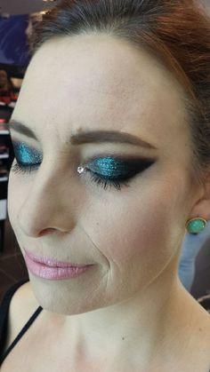 Bring on the Glitz! | Sephora Beauty Board