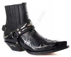 Corbeto's Boots | 4661 Cuervo Florentic Negro-Sprinter Negro | Botín cowboy Sendra para hombre cuero negro con arnés | Sendra mens black ankle cowboy boots with leather strap.