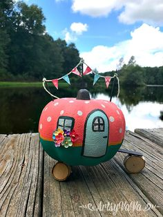 Now that it's September, it's time to jump right in to Fall projects! Pumpkin Decorating Contest, Pumpkin Contest, Cute Pumpkin, Pumpkin Crafts, Pumpkin Eyes, Pumpkin Art, Diy Halloween Decorations, Halloween Crafts, Amazing Pumpkin Carving