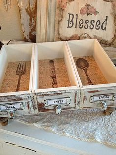 Be Our Guest Divided Cutlery Drawer