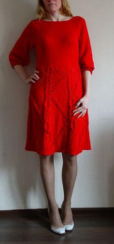 Платье шерстяное. Размер 46.