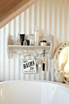 rustikales badezimmer offenes wandregal