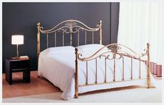 Metal Furniture, Bedroom Furniture, Bedroom Decor, Home Room Design, Bed Design, Queen Metal Bed, Wrought Iron Beds, Couple Bed, Brass Bed