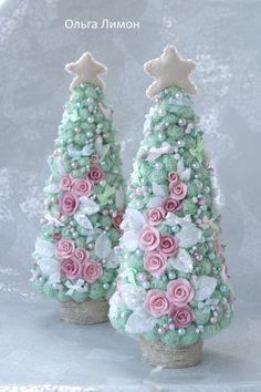 Cute Christmas Ideas, Colorful Christmas Tree, Diy Christmas Tree, Pink Christmas, Christmas Themes, Christmas Tree Decorations, Vintage Christmas, Christmas Ornaments, Christmas Inspiration
