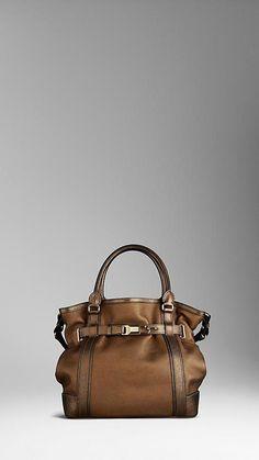 burberry handbags tote  Pradahandbags Best Handbags 74088bf35b99f