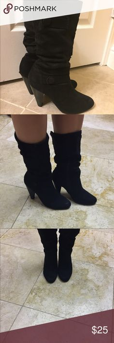 Black short boots 👌🏻 Worn slightly but have ways to go. There is a worn out spot on one of the shoes, see pictures. Self Esteem Shoes Heeled Boots