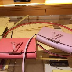 #Louis #Vuitton #Handbags 2016 New LV Collection For Sale. LLV Outlet Supply Hot Sale Style. My Mom Love LV Bags For Gifts. Pls Repin It And Buy Now.