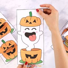 Surprise Pumpkin Halloween Cards - Easy Peasy and Fun Link Halloween, Halloween Crafts For Kids, Halloween Cards, Halloween Themes, Halloween Pumpkins, Halloween Decorations, Animal Crafts For Kids, Toddler Crafts, Preschool Crafts
