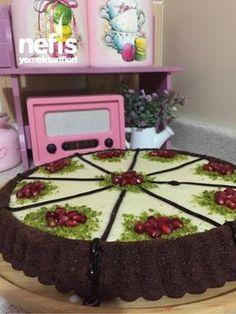 10 Dakika Tartı Delicious Chocolate, Chocolate Desserts, Pasta Cake, Cat Quilt, Apple Cake, Food Design, Superfood, Yogurt, Buffet