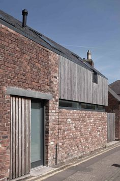 Visit the post for more.Visit the post for more. ZAC Beaujon Lot 05 Beaujon Facade Lot ZACZAC Beaujon Lot 05 Beaujon Fassade Los ZAC, beaujon fassadeVisit the post Perspective Architecture, Facade Architecture, Residential Architecture, Mews House, Timber Cladding, House Extensions, Brickwork, Exterior Design, House Ideas