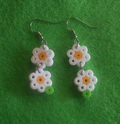 daisy earrings (square board)