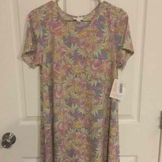 BNWT!! LuLaRoe Carly Dress - Mercari: Anyone can buy & sell