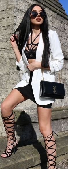 #street #style #blackandwhite #spring #inspiration | Tied Up | Laura Badura Source