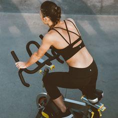 Pinterest @esib123   fitness + fitspo + workout  #workout #outfit #clothes  lululemon