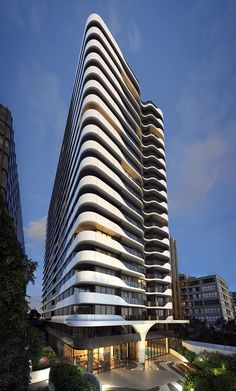 The Building : Queens Domain, Melbourne. 12 Queens Road. Melbourne
