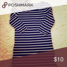 """Jersey dress Navy and white Striped jersey dress that's great on its own or with leggings. It has 3/4 sleeves that can be rolled up and buttoned shorter. It measures 33"""" from shoulder to hem. Forever 21 Dresses"""
