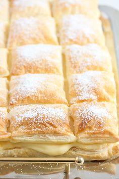 Recipes Using Puff Pastry, Phyllo Recipes, Puff Pastry Desserts, Baking Recipes, Dessert Recipes, Puff Pastries, Puff Pastry Dinner Recipes, Puff Pastry Tarts, Dessert Ideas