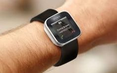 Lo smartwatch rivoluzionerà il nostro modo di chattare, dimenticherete touch e smartphone .......