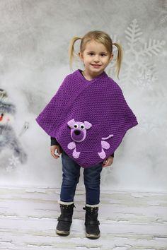 Dětské pletené pončo - fialkové + pejsek