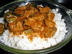 Zsuzsa ízutazásai.: Hentes tokány. Grains, Curry, Rice, Chicken, Ethnic Recipes, Food, Curries, Essen, Meals