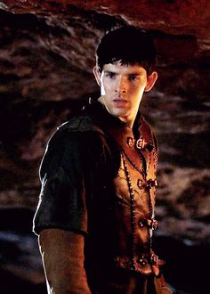 """"""" sexuality: merlin in this outfit """""""