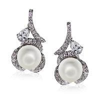 Zelda Pearl Earrings