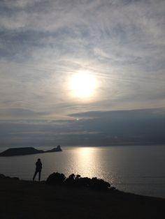Rhossili beach Rhossili Beach, Famous Beaches, South Wales, Worms, Dog Friends, Sunset, Holiday, Outdoor, Outdoors